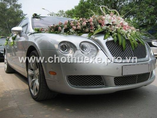 Cho thuê xe cưới VIP Bentley F.Spur V12