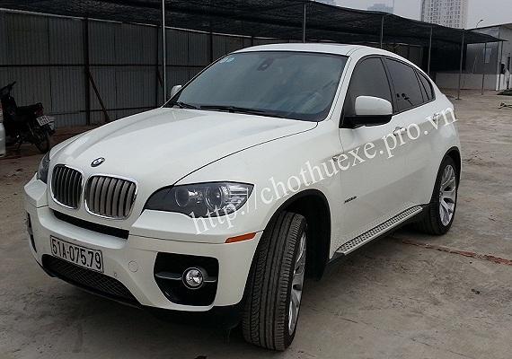 Cho thuê xe BMW X6 màu trắng hạng sang tại Đức Vinh