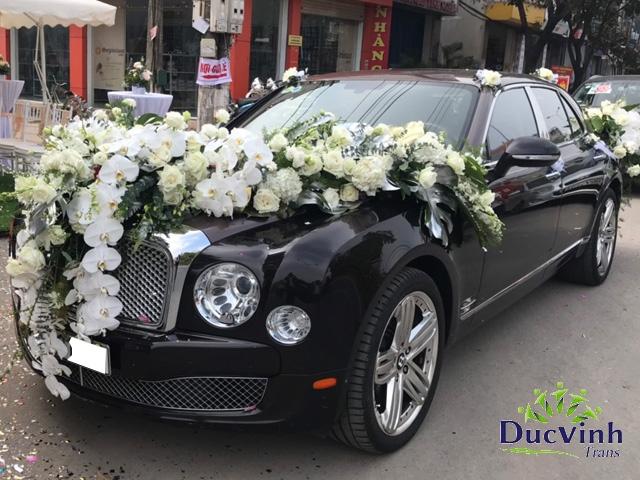Cho thuê xe cưới VIP Bentley Musane