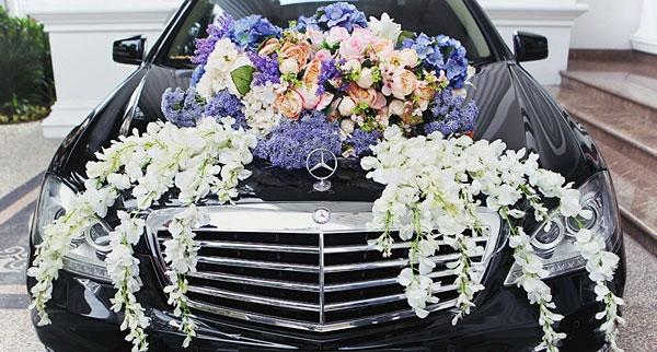 10 ý tưởng trang trí xe cưới độc đáo