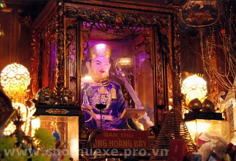 Cho thuê xe đi đền ông Hoàng Bảy - Bảo Hà Lào Cai 1