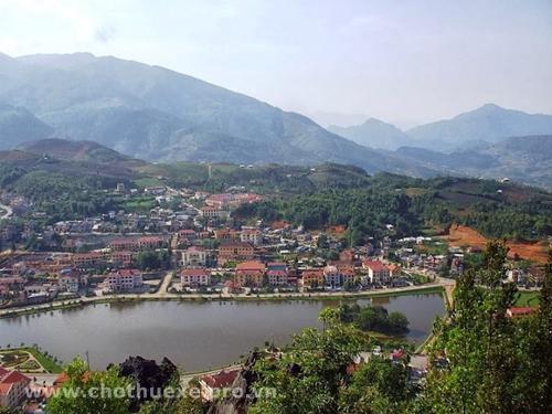 Cho thuê xe đi Lào cai Yên Bái từ Hà Nội 2