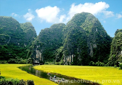 Cho thuê xe đi Ninh Bình từ Hà Nội 4
