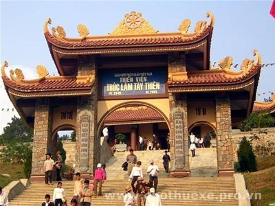 Cho thuê xe đi Thiền Viện Trúc Lâm Tây Thiên 1